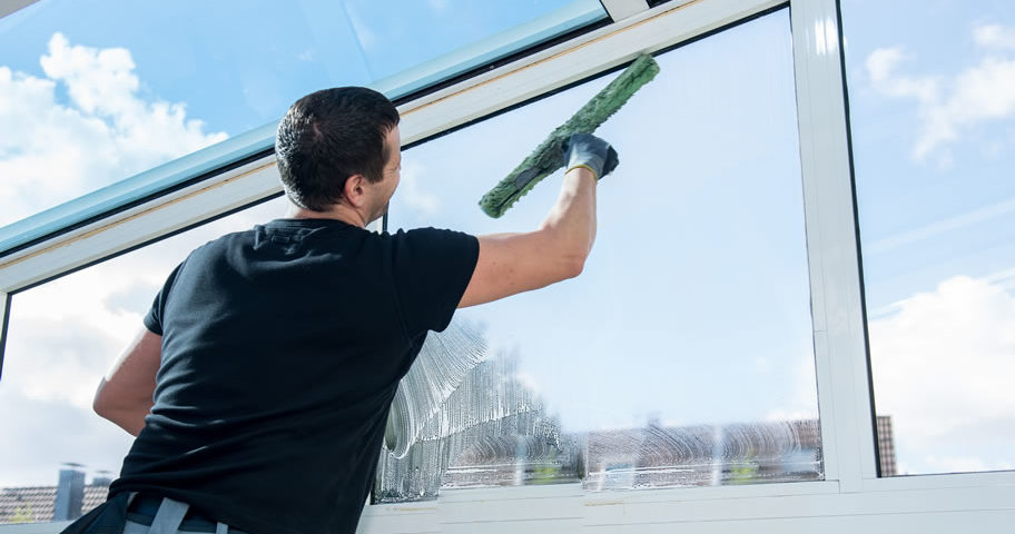 windowcleaningservices main orig 912x480 - Top Features of Window Cleaning Perth